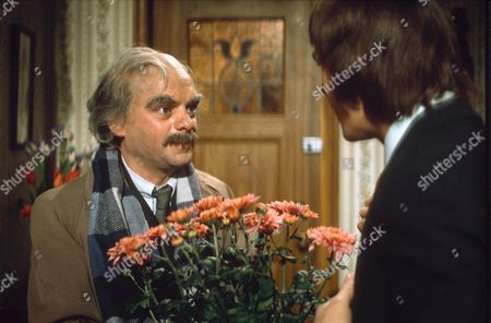 DAVID JASON AND BARRY EVANS IN 'DOCTOR AT LARGE' 1971