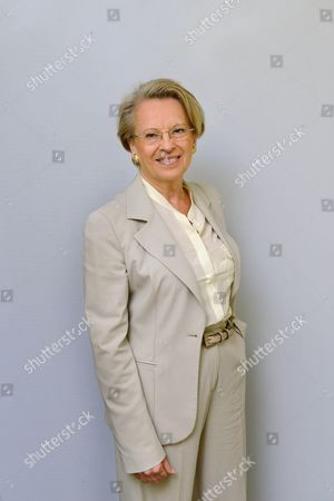 Michele Alliot-Marie is on the UMP list for the European elections