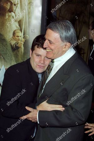 Editorial image of 'THE LORD OF THE RINGS: FELLOWSHIP OF THE RING' FILM PREMIERE, LOS ANGELES, AMERICA - 16 DEC 2001