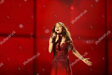 Dilara Kazimova representing Azerbaijan performs 'Start a Fire'