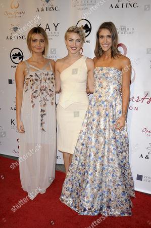 Lauren Parsekian, Julianne Hough and Molly Thompson