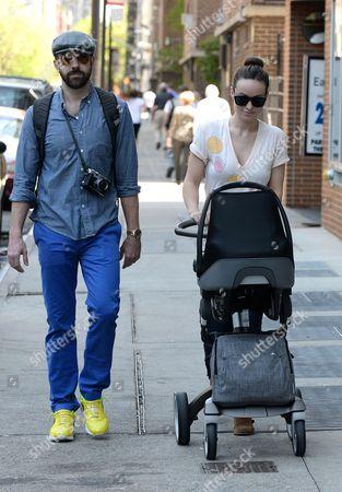 Jason Sudeikis and Olivia Wilde take Otis Sudeikis for a stroll in Manhattan