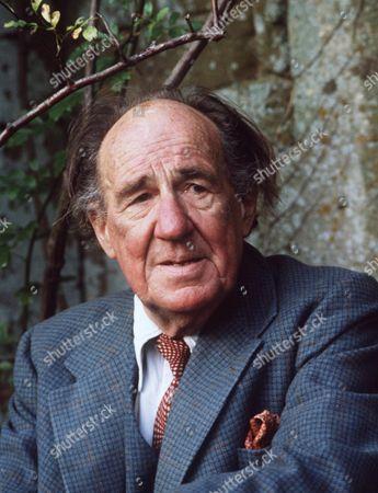 MICHAEL HORDERN IN ' SCOOP ' 1986