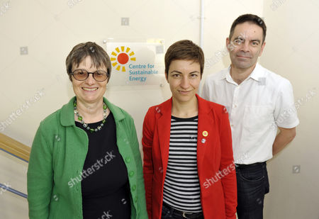 Ska Keller visiting the Centre for Sustainable Energy with Molly Scott Cato (left) Green MEP candidate for south west England, and Simon Roberts (right) CEO of the Centre for Sustainable Energy