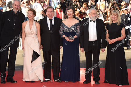 Director of Photography Dick Pope, Dorothy Atkinson, Marion Bailey, Timothy Spall, Mike Leigh and Georgina Lowe