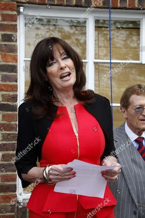 Stock Photo of Blue Plaque Unveiled At Teddington Studios In Honour Of Morecambe And Wise. Vicky Michelle Makes A Speech In Memory Of The Star Couple.