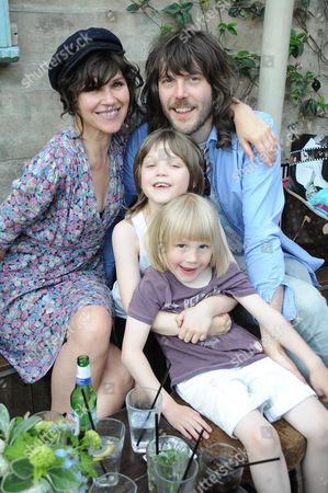 Jess Morris and family