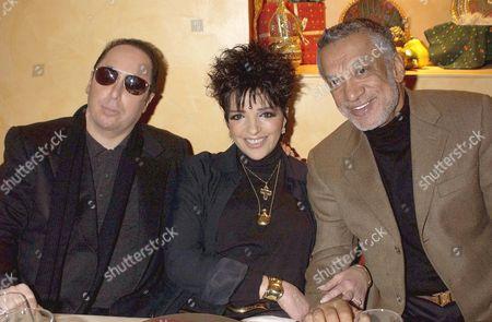LIZA MINNELLI AND HUSBAND TO BE DAVID GEST AND HOST GULU LALVANI - LIZA HAS A BINDHI ON HER FOREHEAD