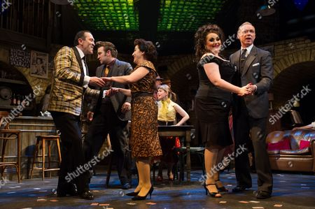 Stock Picture of 'Fings Ain't Wot they Used T'be' - Mark Arden, Jessie Wallace, Suzie Chard and Gary Kemp, with Stefan Booth and Sarah Middleton (behind)