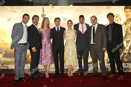 Jonas Armstrong, guest, Emily Blunt, Tom Cruise, Charlotte Riley, Franz Drameh, Tony Way and Doug Liman