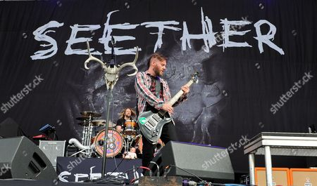 John Humphrey and Dale Stewart with Seether