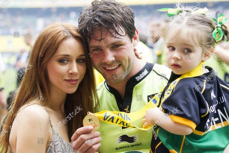 Una Foden, Ben Foden of Northampton Saints and Aoife Belle Foden celebrate after the Aviva Premiership Final