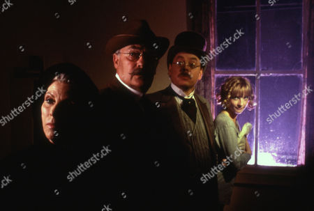 Billie Whitelaw ; Edward Woodward ; Hywel Bennett ; Jane Horrocks
