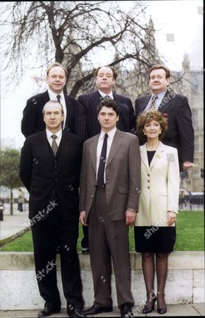Television Programme 'annie's Bar'. Back: (l-r) Jonathan Coy Geoffrey Mcgivern Paul Brooke. Front: (l-r) Larry Lamb Dominic Taylor Elizabeth Bennett.