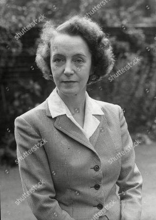Mrs Hamish Hamilton Nee Countess Yvonne Pallavicino.