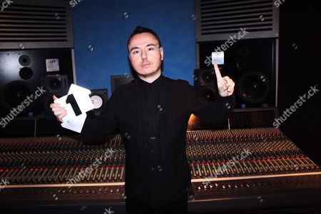 Duke Dumont with his Official Number 1 Award for Need U (100%) FT A*M*E - Apr 2013