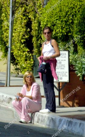 Stock Picture of GERI HALLIWELL WITH HER SISTER NATALIE JENNINGS