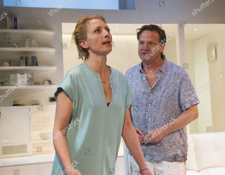 Hermoine Gulliford as Vivienne, Tom Beard as Robert