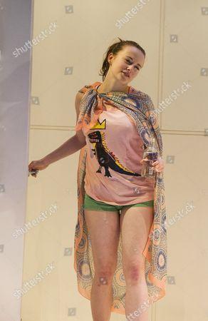 Shannon Tarbet as Frankie,