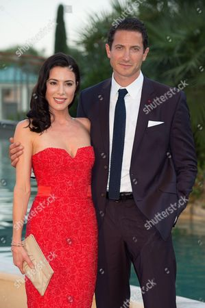 Sasha Roiz and Jaime Murray