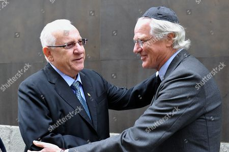 Reuven Rivlin, new President of Israel, pictured with Baron Eric de Rothschild while visiting the Paris Shoah's Memorial.
