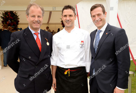 Stock Photo of Earl of Carnarvon with Philipp and Mark Mosimann