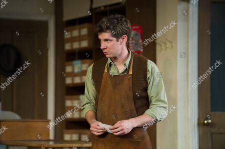 Karl Davies (Will Mossop)