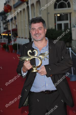 Pierre Salvadori awarded 'best director' award