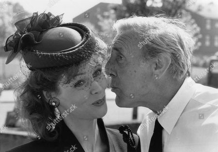 Gabrielle Drake and Eric Sykes