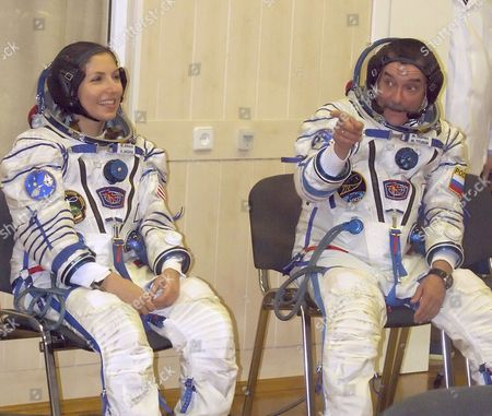 Baikonur, Kazakhstan, September 18, 2006, first female space tourist anousheh ansari, left, and Russian cosmonaut, flight engineer, Mikhail tyurin (roskosmos) of the 14th ISS crew seen before the launch of Soyuz fg rocket booster.