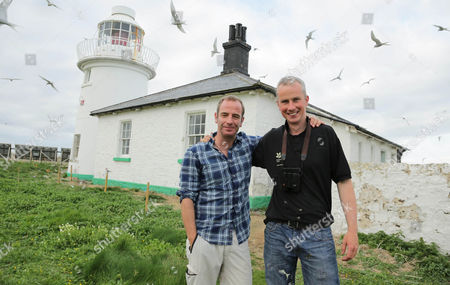 Robson Green visits the island of Inner Farne off the Northumberland Coast and joins Head Ranger David Steele to see the natural spectacle of a huge Arctic Tern colony .  Robson spends a restless night in the Islands Lighthouse