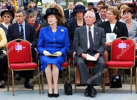 Baroness Margaret Thatcher and Sir Rex Hunt