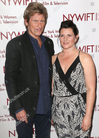 Stock Picture of Denis Leary and Kerrie Smith