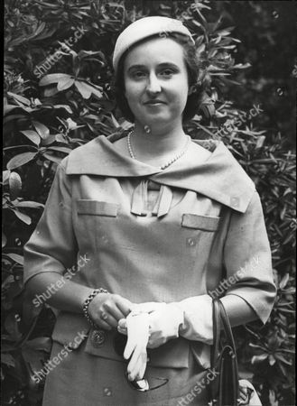 Infanta Maria Del Pilar Of Spain Duchess Of Badajoz Llater Became Dowager Viscountess De La Torre.