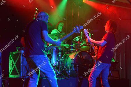 The Giants of Rock Festival, Minehead, Somerset - John Coghlan's Quo - Pete Knight, John Coghlan and Mick Hughes