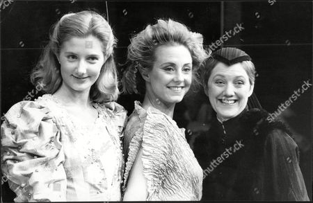 Actresses L-r: Joely Richardson Cathryn Harrison And Marty Cruickshank.