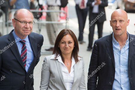 Cheryl Carter outside the Old Bailey with her barrister and boyfriend after being cleared of all charges against her, not guilty
