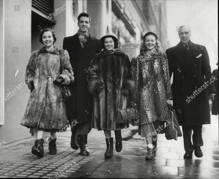 Stock Picture of The Canadian Olympic Ice Skaters Leave For Oslo. (l-r) Frances Dafoe Peter Sirsbook Vevi Smith Mariene Smith And Norman Gregory (manager).