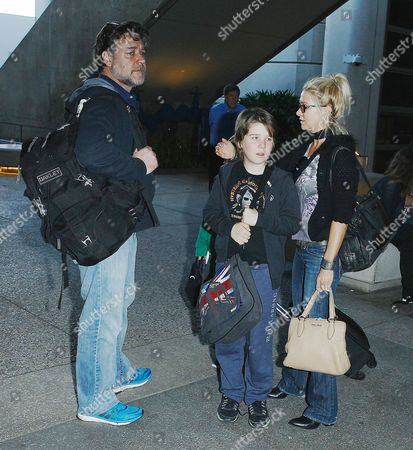 Russell Crowe, Danielle Spencer with son Tennyson Spencer Crowe