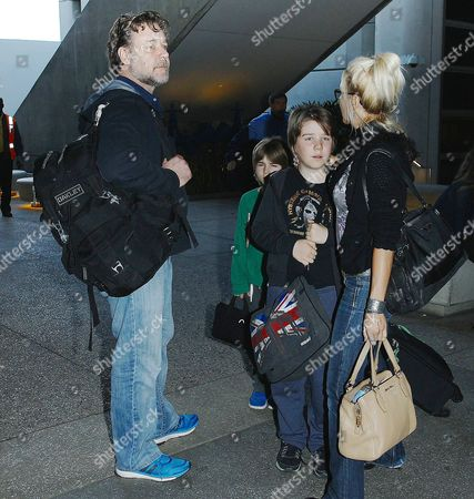 Russell Crowe, Danielle Spencer with children Tennyson Spencer Crowe, Charles Spencer Crowe