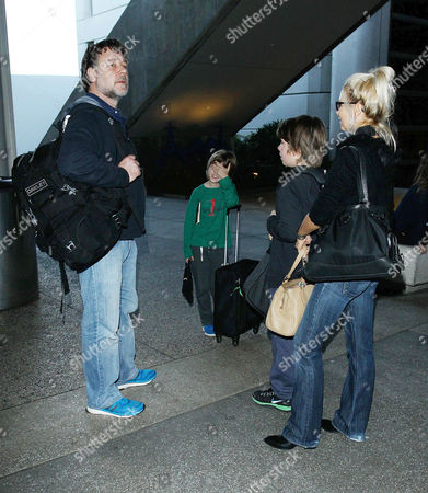 Russell Crowe, Danielle Spencer with children Charles Spencer Crowe and Tennyson Spencer Crowe