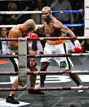 Jean-Marc Mormeck fights against Tamas Lodi