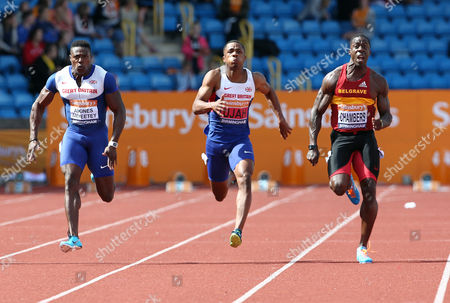 Dwain Chambers out sprints Chijindu Ujah and Harry Aikines Aryeetey to win the Men's 100 metres final