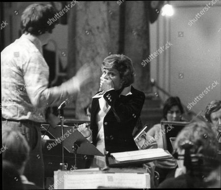 Angela Rippon Newsreader Rehearsing Peter And The Woolf With The Halle Orchestra With Conductor Owain Hughes In Harrogate.