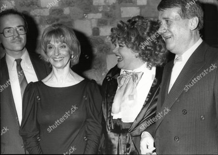 Patricia Viscountess Rothermere With Evening Standard Editor John Lees (r) And Actress Nyree Dawn Porter At The Evening Standard Drama Awards In 1986.