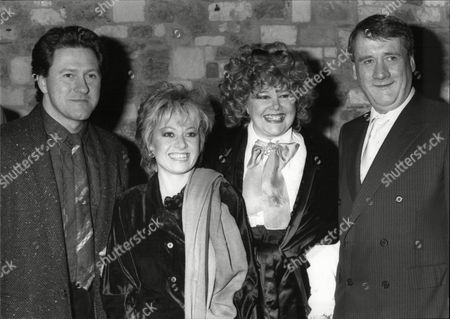 Patricia Viscountess Rothermere With Evening Standard Editor John Lees (r) And Entertainer Elaine Paige At The Evening Standard Drama Awards In 1986.