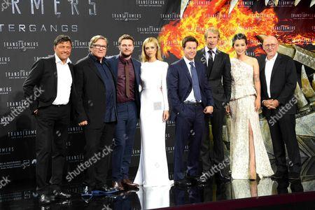 Sven Sturm, Lorenzo di Bonaventura, Mark Wahlberg, Nicola Peltz, Jack Reynor, Michael Bay, Li Bingbing and Ian Bryce