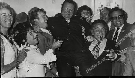 Harry Secombe Celebrates 25 Years In Show Business. L-r: Vera Lynn Hylda Baker Donald Huston Harry Secombe Jimmy Tarbuck Davy Kaye (with Cigar) David Coleman Michael Bentine And Bruce Forsyth.