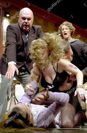 L-R: Robert Austin, Alison Pargeter (on floor), Saskia Butler, Tim Faraday and Beth Tuckey.