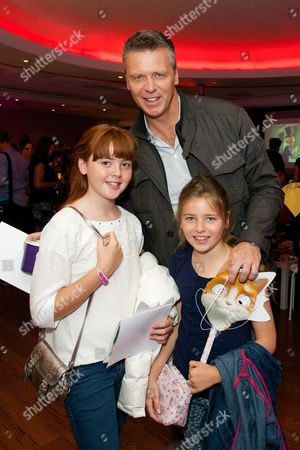 Steve Backley with his daughters Ellese and Sophia